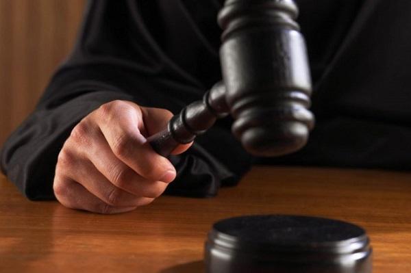 переквалификация и прекращение в суде уголовного дела