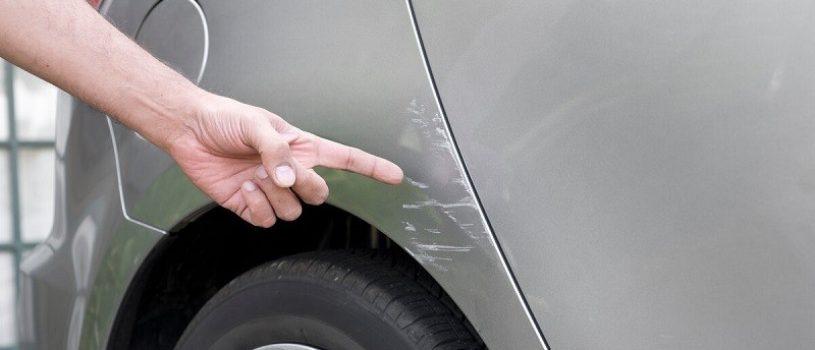 Что делать, если вашу машину поцарапали на парковке?