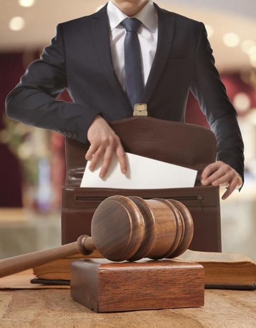адвокат или юрист - в чем разница