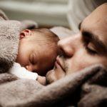 Как оформить отцовство, если ребенок рожден вне брака?